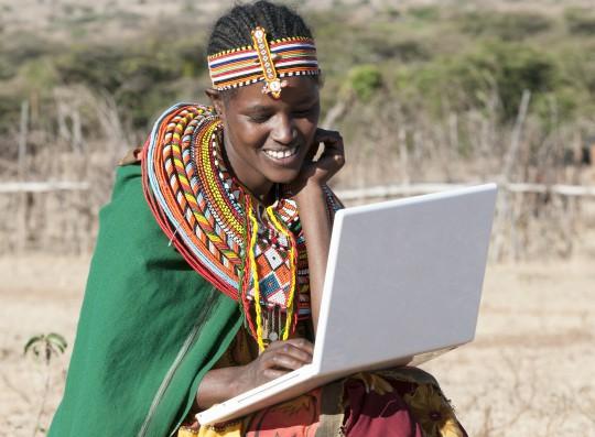 Technologie pour filles et femmes massaï