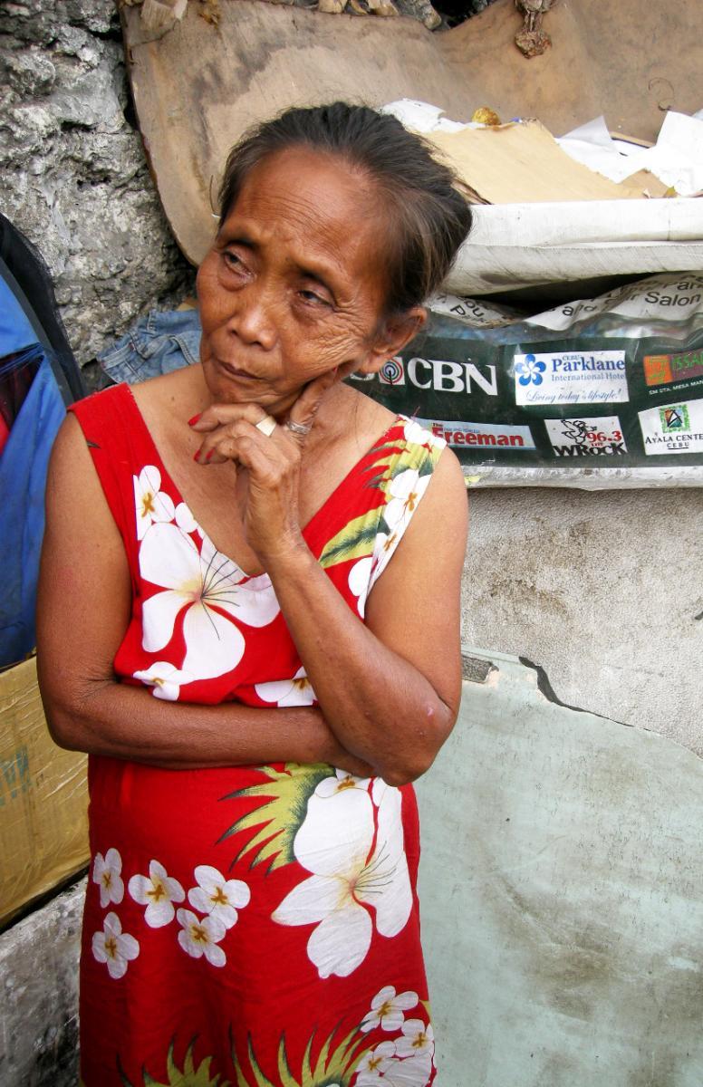 Women from Carreta slum