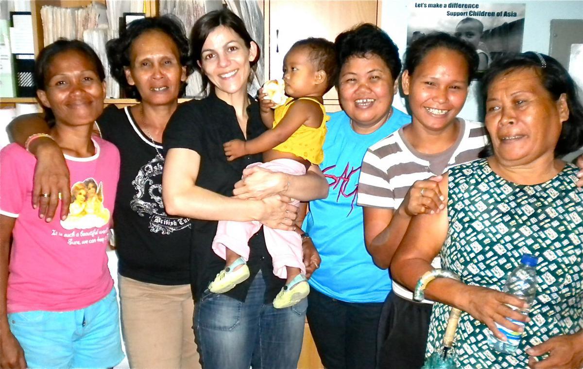 mothers in cebu slums